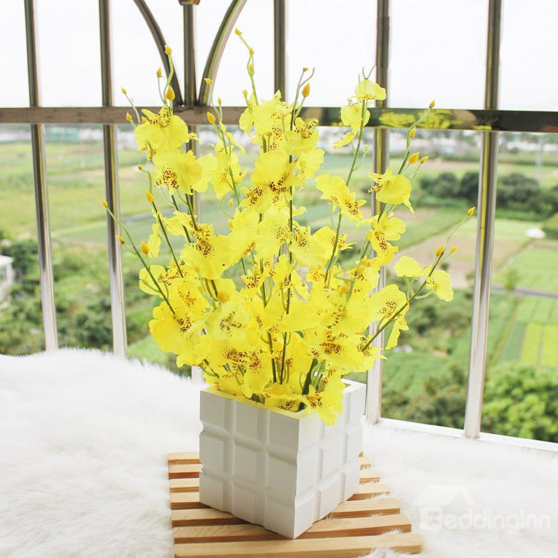 New Arrival Beautiful Yellow Flowers In White Square Vase