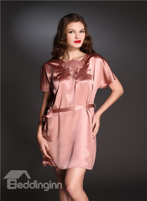 High Quality Embroidery Skincare Silk Sleepwear Feel